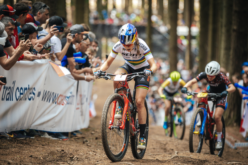 Courtney_Frei_McConnell_WC19_NoveMesto_