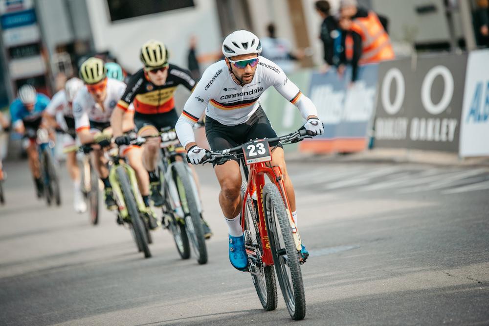 Fumic_Schuermans_group_WC19_Albstadt_Short-Track_men_by-Traian-Olinici