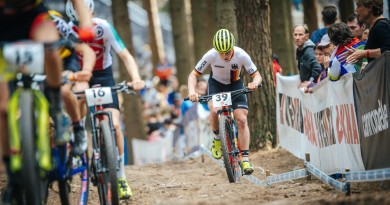 Markus-Eydt_group_UCI-Junior-Serie-Nove-Mesto_junior-men_by-Traian-Olinici_