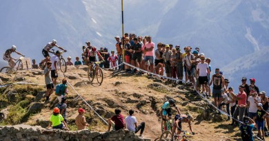 French-Nationals-in-Alpe-dHuez_by-Keno-Derleyn
