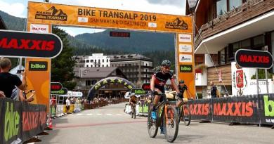 Urs-Huber_Simon-Stiebjan_finish_San-Martino_