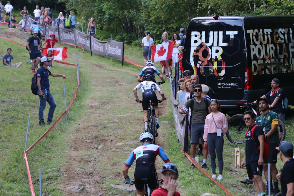 Krayer_backview_uphill_WM19_Mont-Sainte-Anne_Junior-men_by-Goller