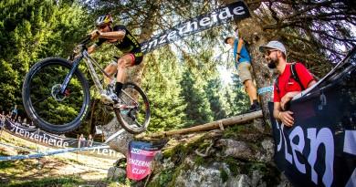 Lars Forster_Lenzerheide_jump_by Sven Martin