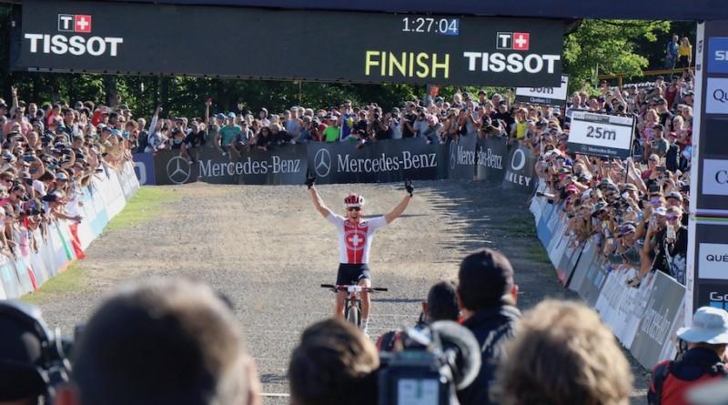 Nino-Schurter_finish_WM19_MSA_men_by-Goller