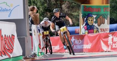 Stiebjahn_Weber_finish_RGB19_Etappe1_by-Golle