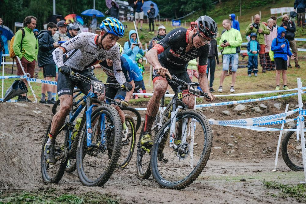 Zwiehoff_Egger_WC19_Val-di-Sole_Short-Track_men_by-Traian-Olinici_