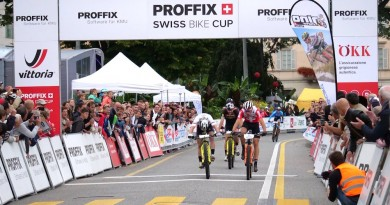 Colombo_Schurter_Forster_sprint-finish_Lugano_by-Swiss-Bike-Cup