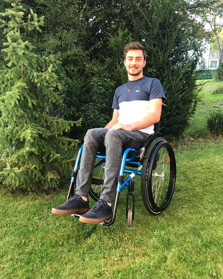 David-Horvath_Wheel-Chair_by-Privat