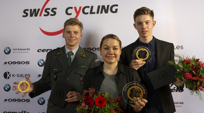 Swisscycling-Awards-2019-Winner-Team-Joel-RothSina-Frei-und-Janis-Baumann-by-Mathias-Naegeli