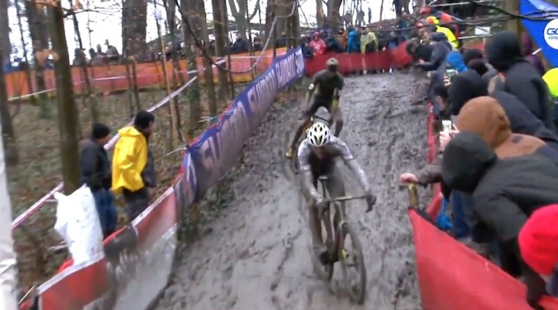Van-der-Poel_Toon-Aerts_Namur_crash_by-Screenshot-GCN.