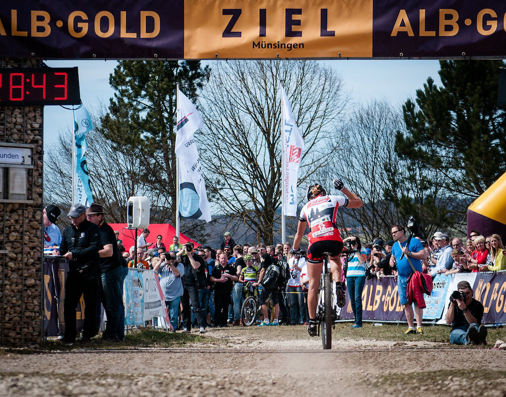 130414_GER_Muensingen_XC_Women_U19w_Klein_finish_backview_by_Weschta.