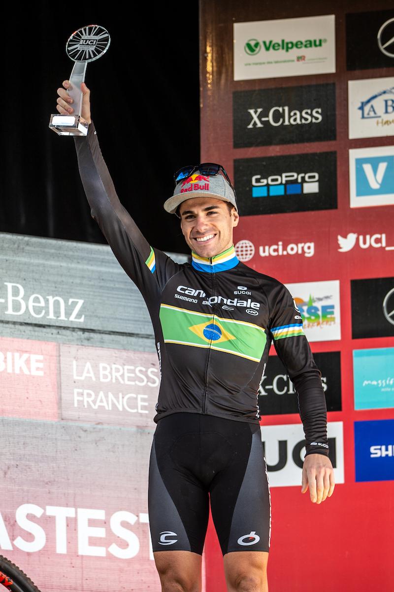 Avancini_podium_overall_by Michele Mondini.