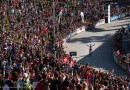 180809_SUI_Lenzerheide_worlds_crowd-Schurter-celebrating_by-Thomas-Weschta