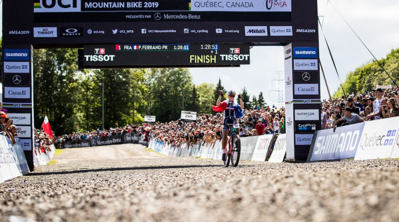 Pauline-Ferrand-Prevot_finish_WM19_MSA_by-Bartek-Wolinski_Red-Bull-Content-Pool.