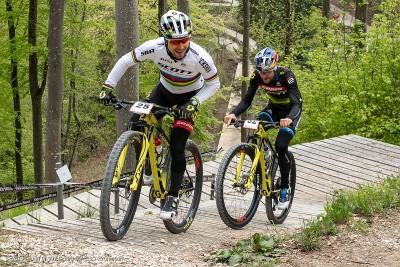 Nino Schurter & Lars Forster beim Training auf dem Weltcup-Kurs in Albstadt 2019 © Armin M. Küstenbrück
