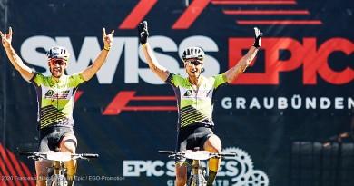 Nino schurter und Lars Forster gewinnen auch die vierte Etappe © Francesco Narcisi / Swiss Epic